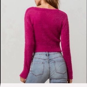 Volcom Sweaters - 🌴🌼VOLCOM- CROPPED SWEATER🌼🌴